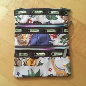 Le sportsac pencil case